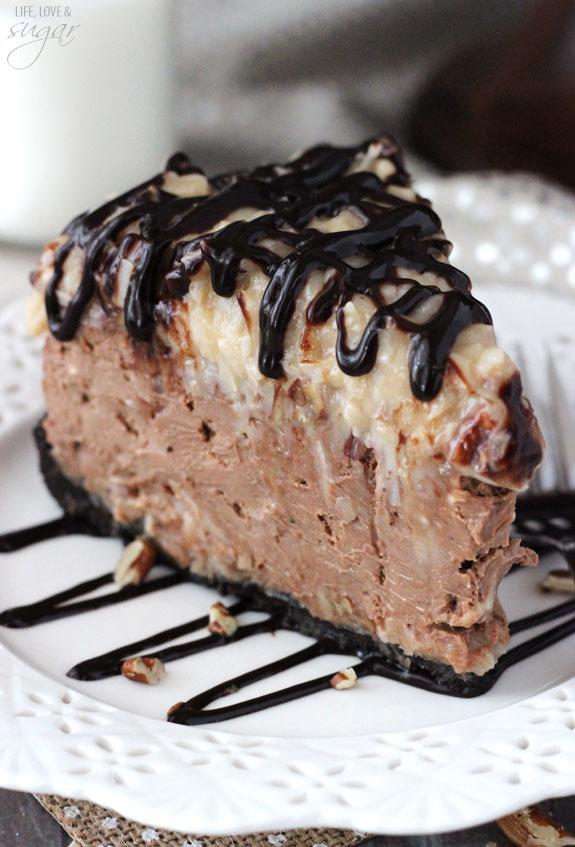 german_chocolate_cheesecake-slice