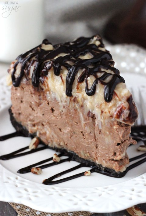german_chocolate_cheesecake-slice