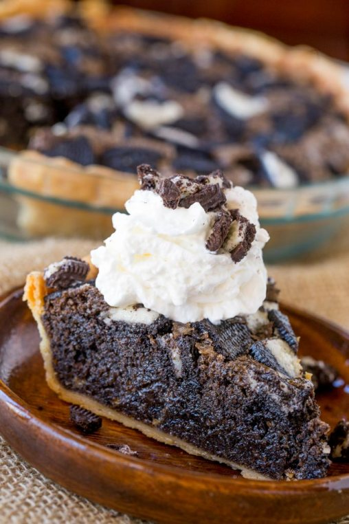 Oreo-Chunk-Cookie-Pie-4