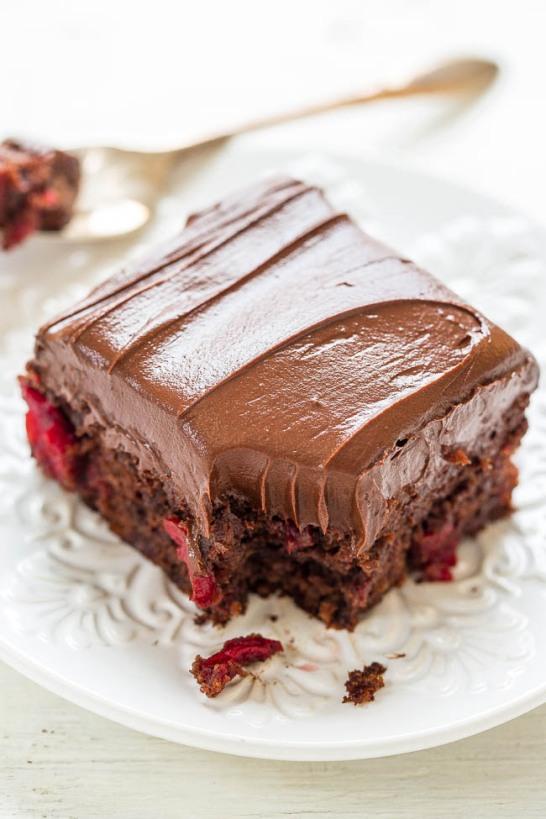 chocolatecherrycake-5