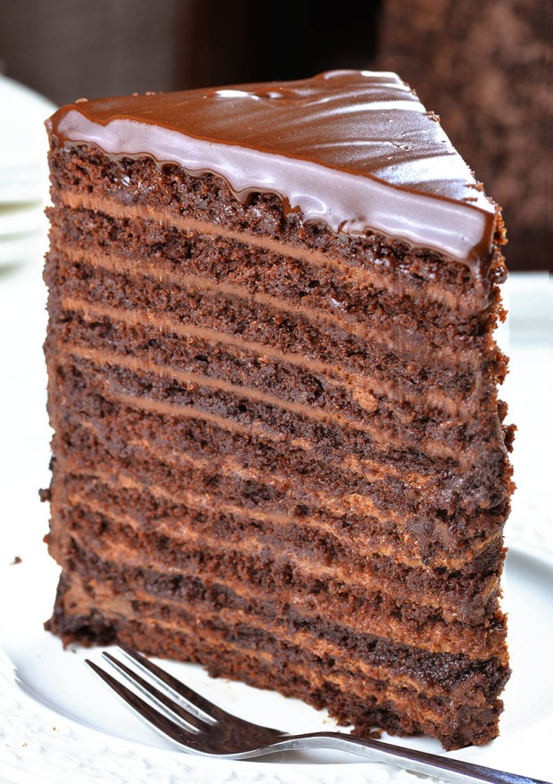 24-Layers-Chocolate-Cake-1a