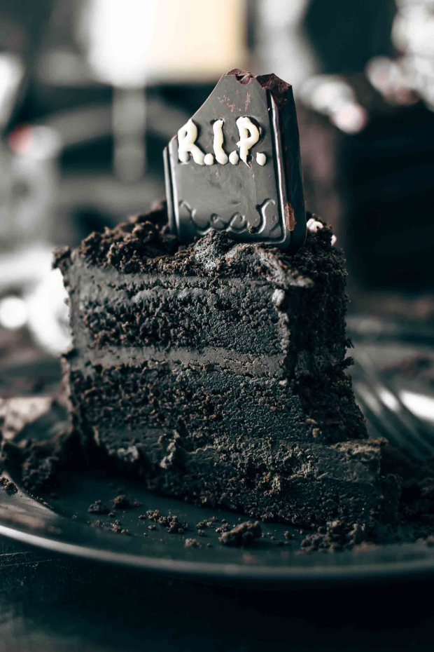 Death-By-Chocolate-Halloween-Cake-Recipe-9